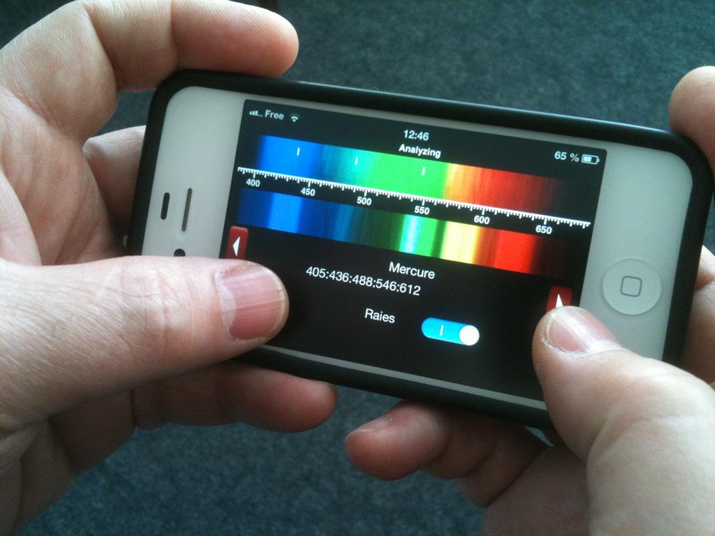 Une application pour Smartphone - Page 2 Appli_spectrokit_ufo-science